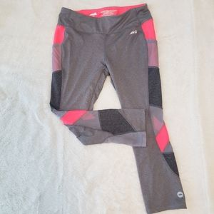 Athleisure Capris in Grey & Hot Pink - M